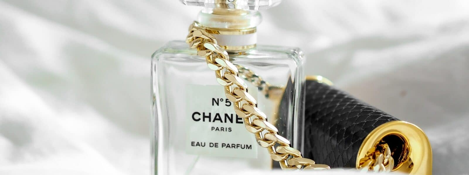 7 iconic perfumes every woman needs